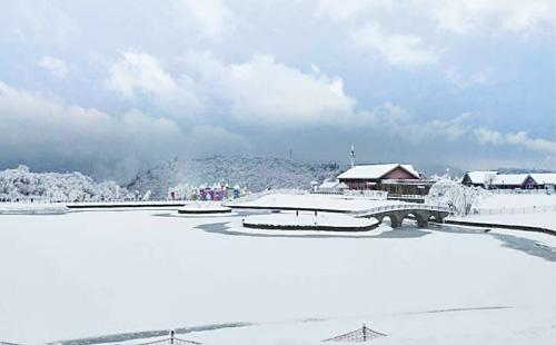 西岭雪山1